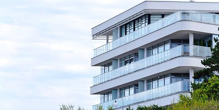 Ceny rezidenčních nemovitostí jsou nadhodnocené až o 25 %, tvrdí výzkum